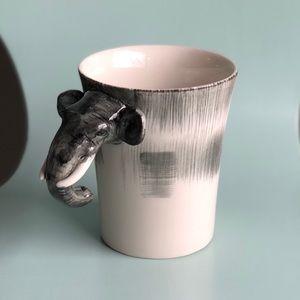 Pier 1 Elephant Head 3D stoneware mug 16oz
